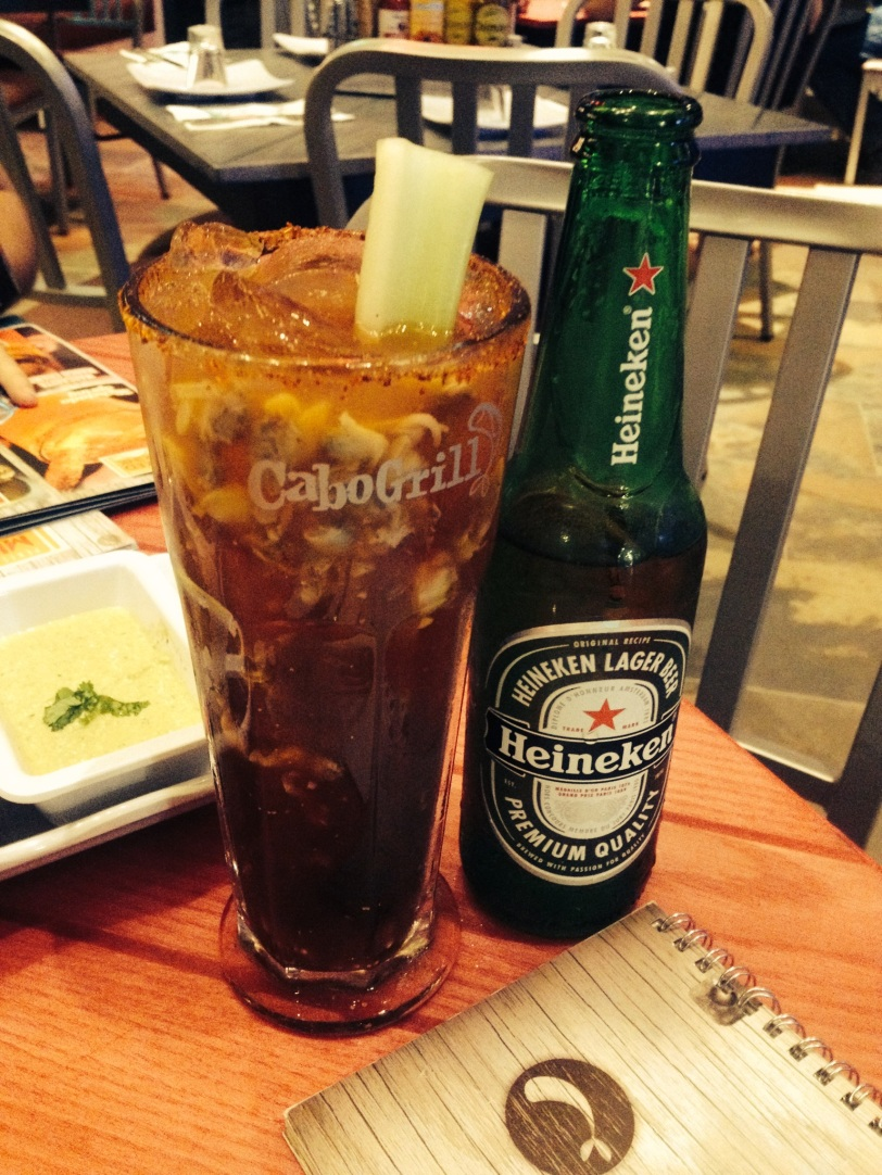 Cerveza con Clamato y Almeja